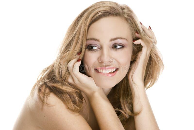 Natürliches Schönheitsportrait ein attraktives sexuelles Mädchen stockfoto