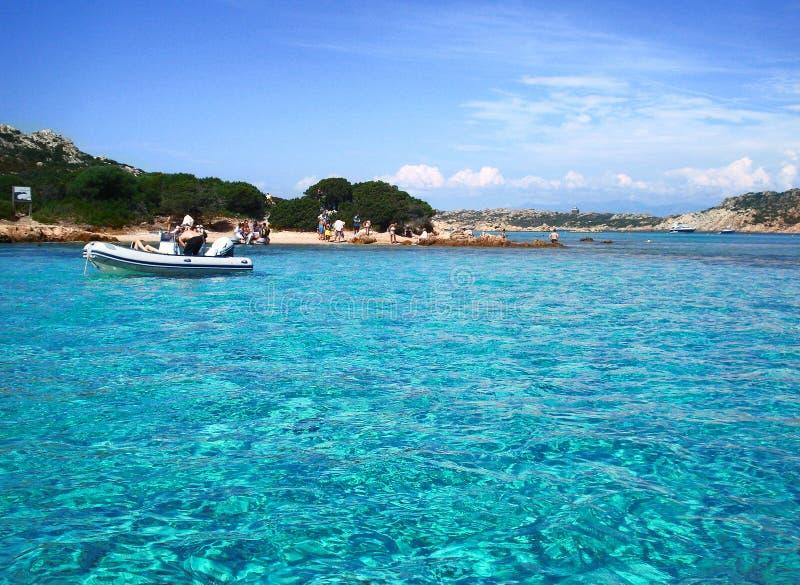 Natürliches swimingpool La Maddalena stockbilder