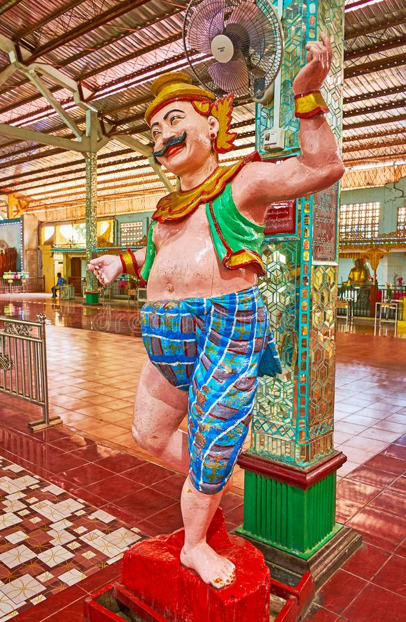 nat雕塑在Ngar Htat Gyi菩萨图象议院,仰光, M里 免版税库存图片