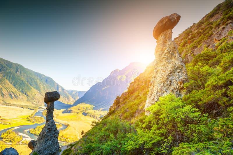 Nat?rliche Grenze Akkurum in Altai-Bergen, Sibirien, Russland lizenzfreie stockbilder