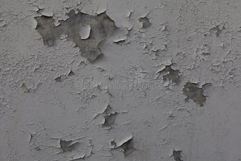 Nat?rlicher Hintergrund Wand mit einer schäbigen und Schalenfarbe und einem Gips lizenzfreies stockbild