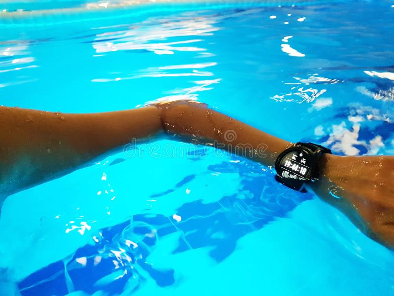 relogio para piscina