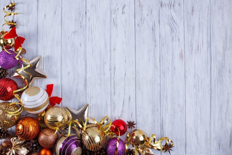 Natal, composição dos feriados do ano novo das decorações e baub foto de stock royalty free