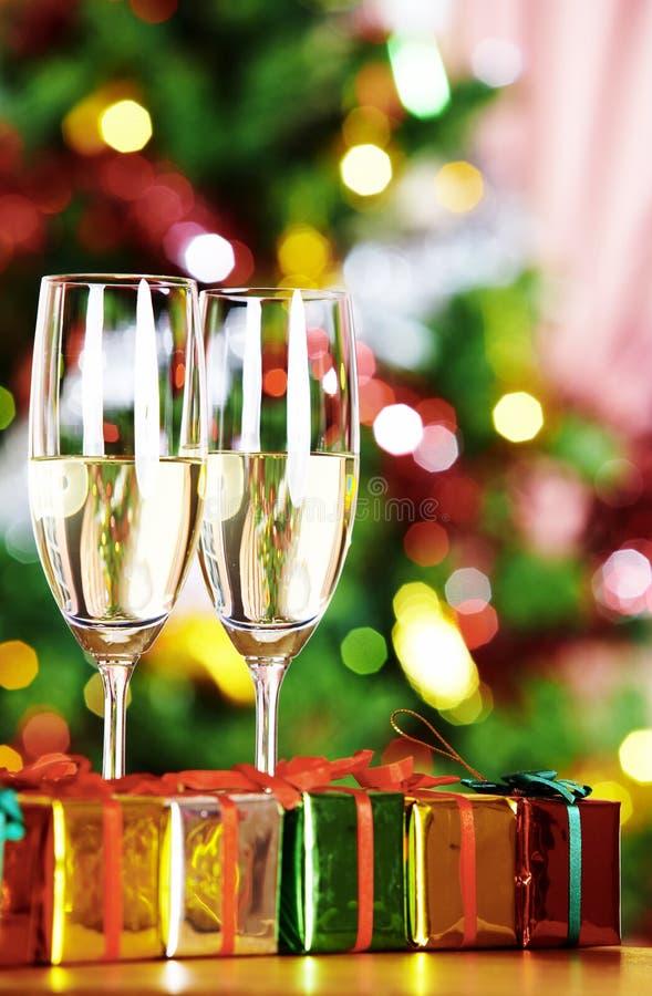 Download Natale fotografia stock. Immagine di alcool, papa, regalo - 3887858