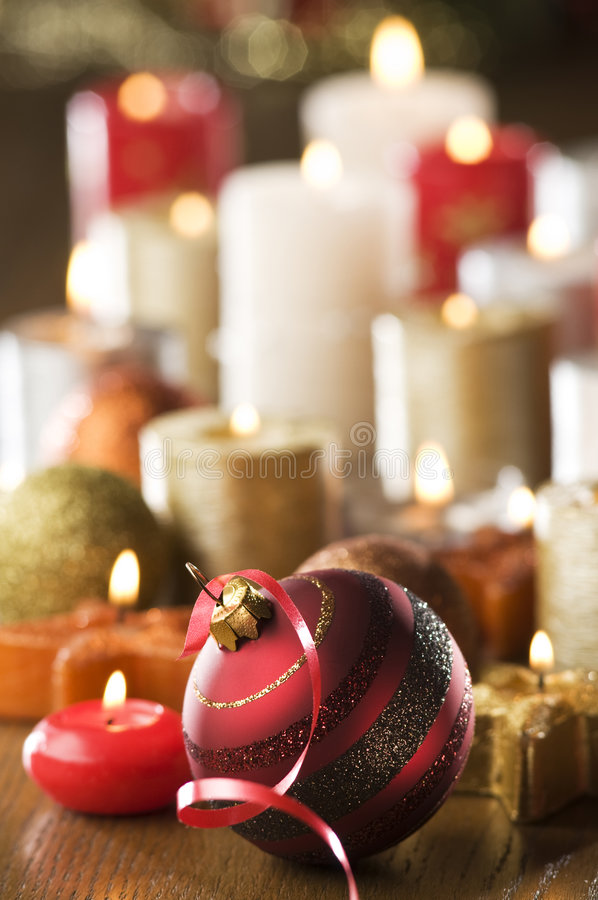 Download Natale immagine stock. Immagine di avvenimento, dorato - 7313103