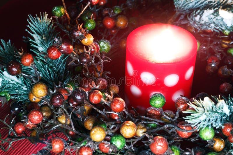 Natale corona e candela immagine stock