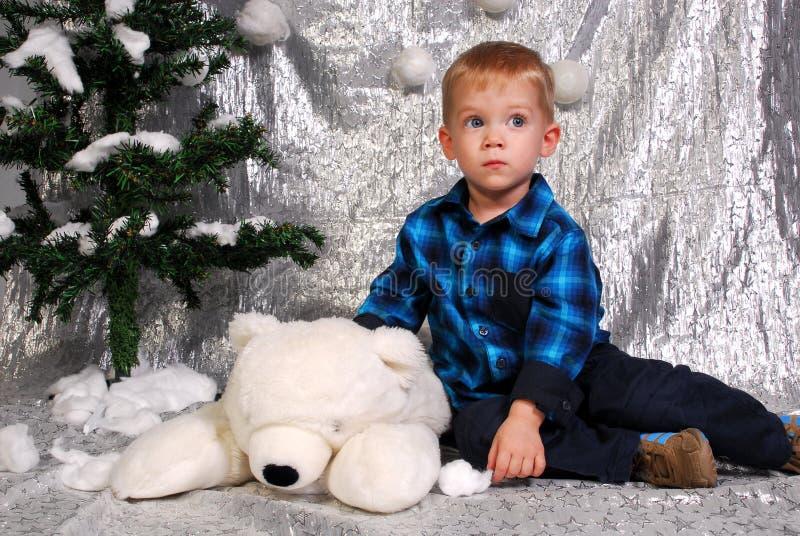 Natale sveglio del bambino del ragazzo fotografie stock libere da diritti