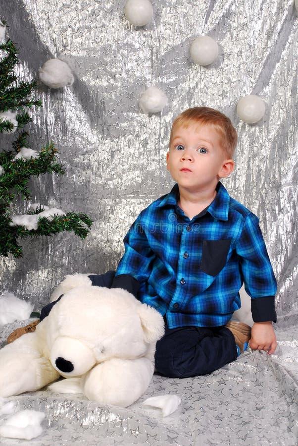 Natale sveglio del bambino del ragazzo fotografia stock libera da diritti