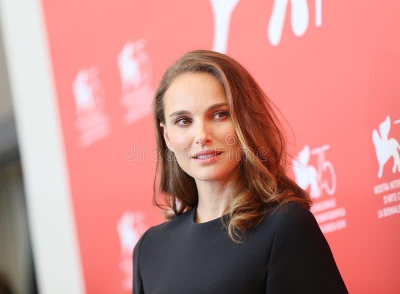 Natalie Portman assiste au ` de lux de Vox de ` photo libre de droits