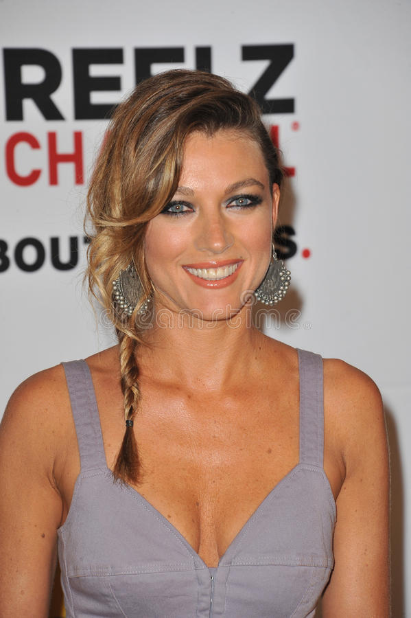 Download Natalie Zea editorial stock image. Image of june, hills - 26290334