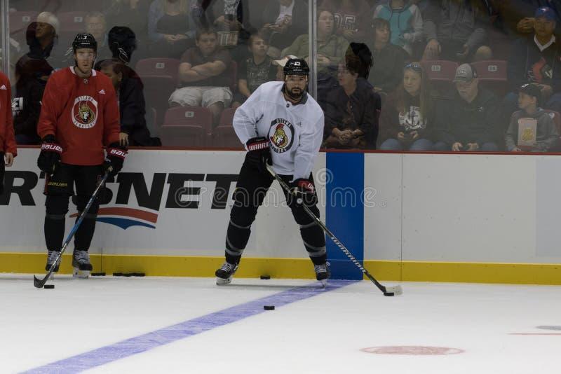 Nate Thompson van de Ottawa Senators stock afbeelding