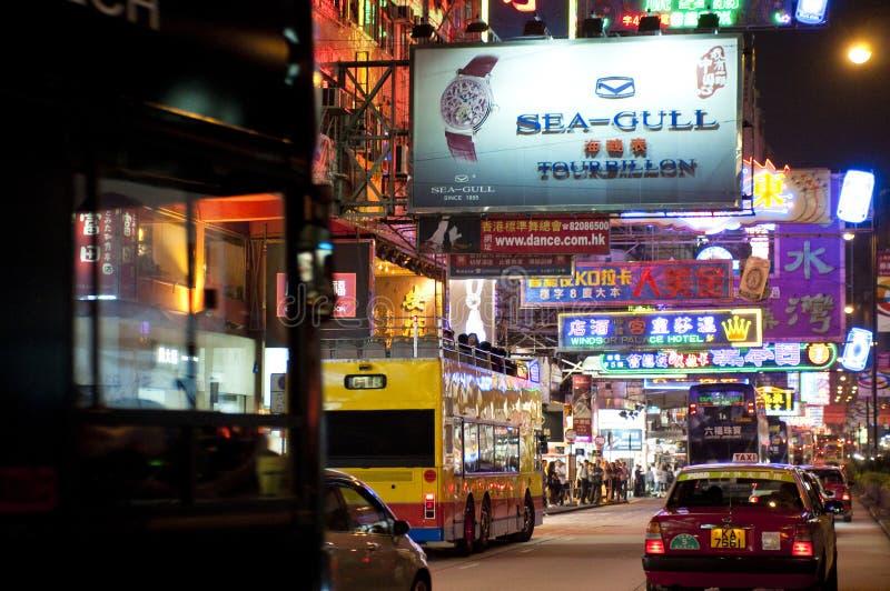 Nathan Road en la noche, Kowloon, Hong Kong, China fotos de archivo