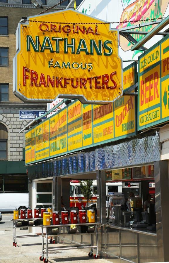 Nathan s den original- restaurangen på Coney Island, New York arkivfoton