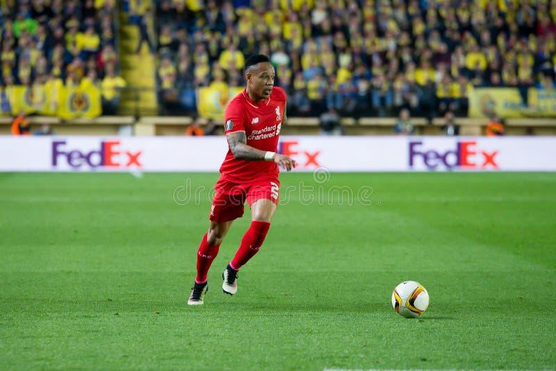 Nathaniel Clyne joue à la correspondance de demi-finale de ligue d'Europa entre le Villarreal CF et le Liverpool FC photo libre de droits