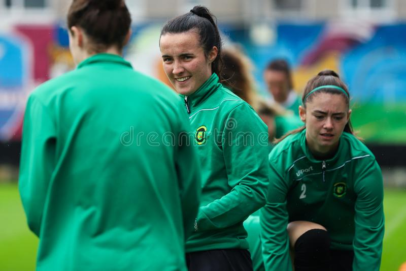 Nationaal de Ligaspel van vrouwen: Galway WFC versus Verenigde Peamount royalty-vrije stock afbeelding