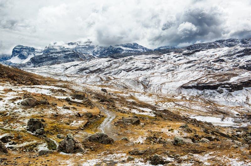 Nationaal park parque Tunari in de hoge Andes dichtbij Cochabamba, Bolivië royalty-vrije stock foto