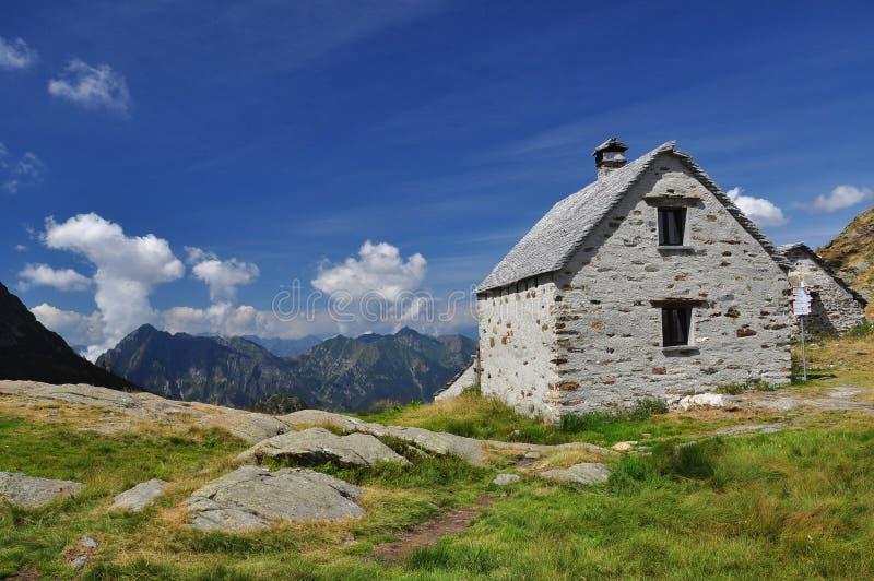 Nationaal park Val Grande, Italië Bergarchitectuur stock afbeeldingen