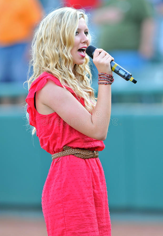 Download National Anthem Performance Editorial Photography - Image: 25368447