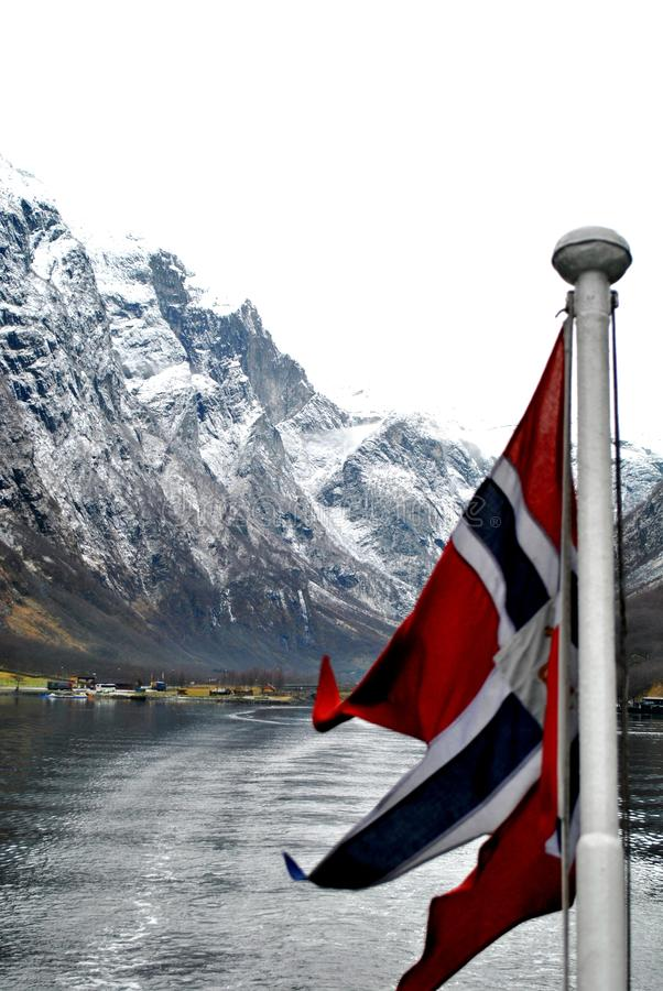 Free National Flag Of Norway In Fjord Stock Photography - 17481552