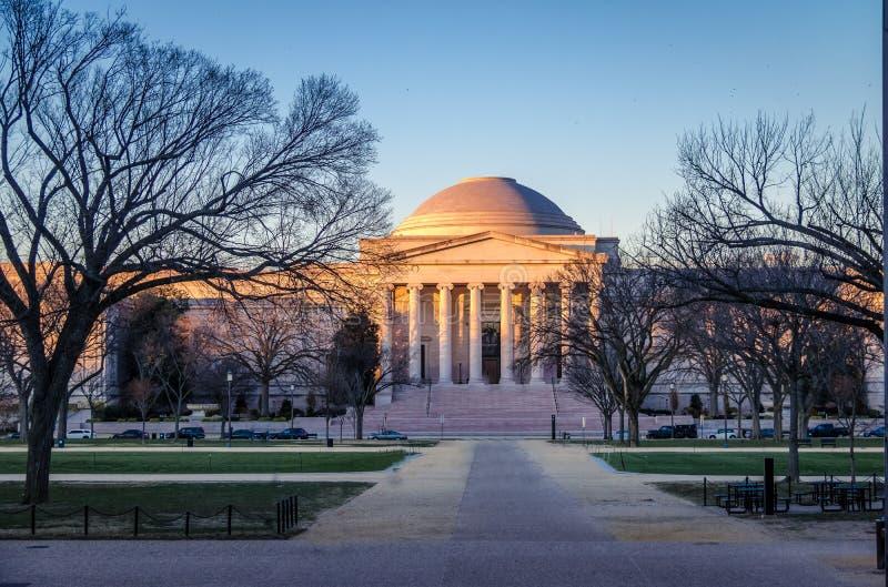 National Gallery d'Art West Building au coucher du soleil - Washington, D C , les Etats-Unis photo stock
