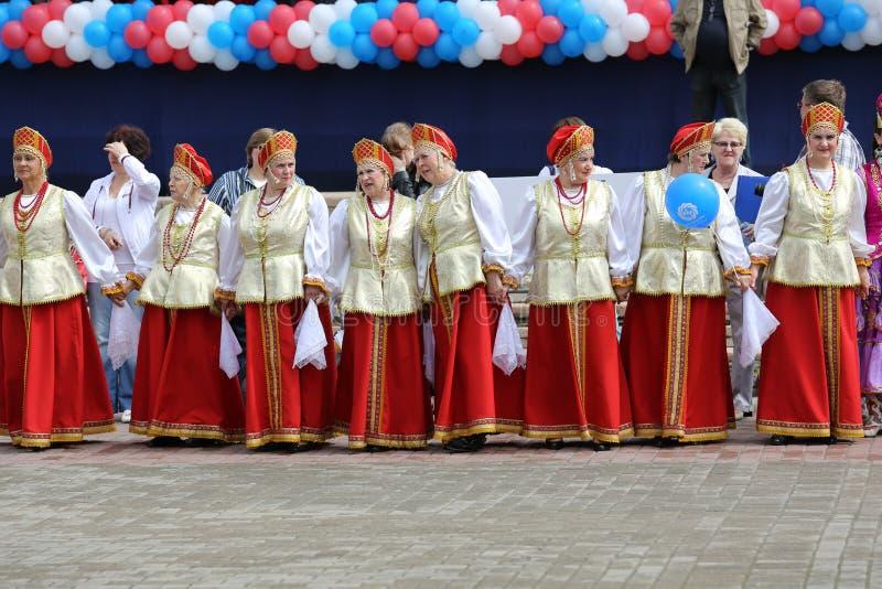 Nationale collective bij de VI Assemblage van de mensen van het gebied van Moskou royalty-vrije stock foto