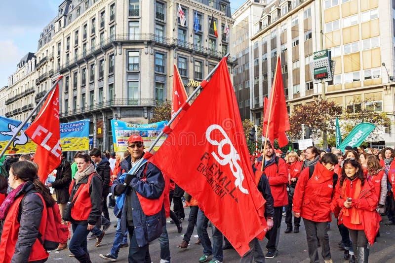 Nationale die manifestatie tegen versoberingsmaatregelen door Belgische overheid worden geïntroduceerd royalty-vrije stock foto's