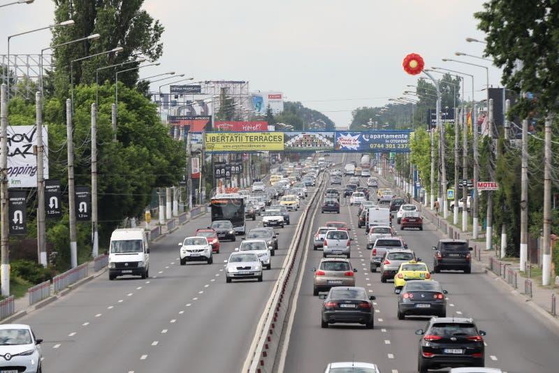 Nationale Straße Bukarests gesehen von oben stockfotos