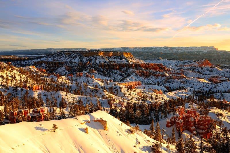Nationalpark Sonnenaufgang-Bryce Canyons, Utah, USA lizenzfreies stockbild