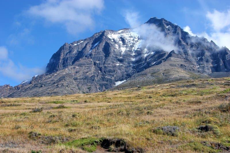Nationalpark Torres Del Paine, Berglandschaft von der Wanderung lizenzfreie stockfotos