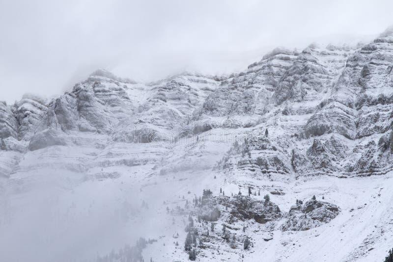 Download Nationalpark Von Cadi - Moixero Stockfoto - Bild von schön, alpin: 27732368