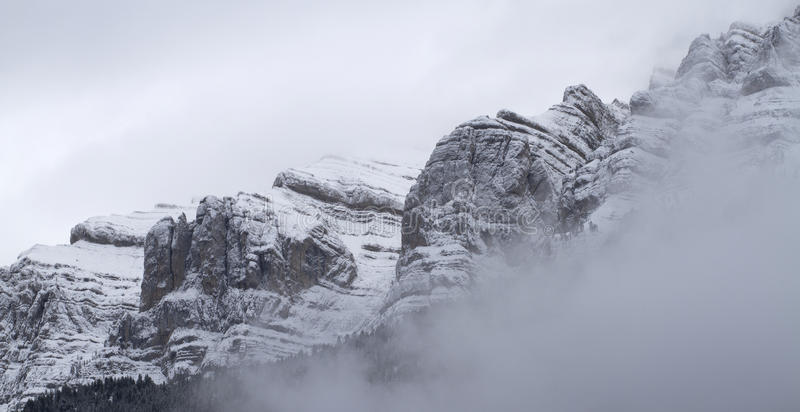 Download Nationalpark Von Cadi - Moixero Stockfoto - Bild von land, blau: 27732418