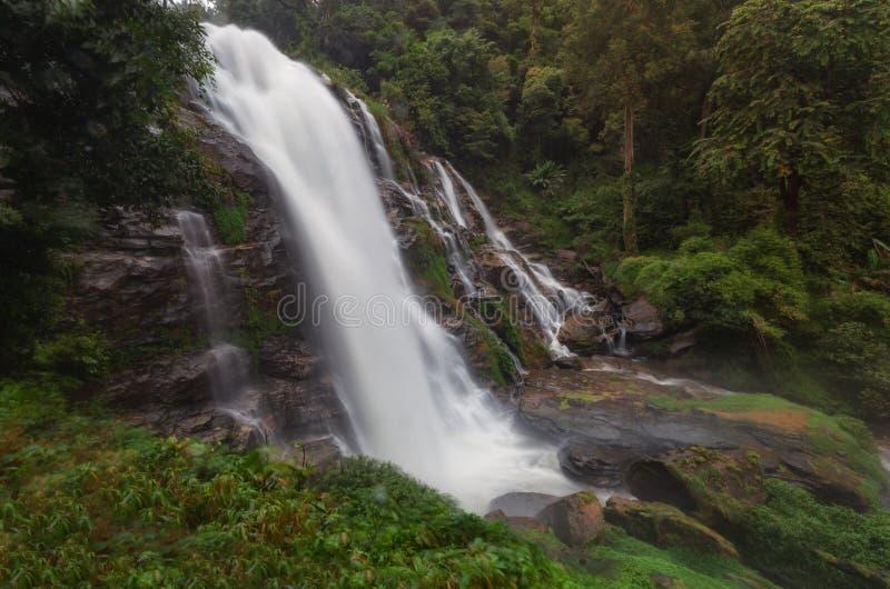 Nationalpark-Wasserfall Doi Inthanon, ChiangMai Thailand lizenzfreie stockfotografie