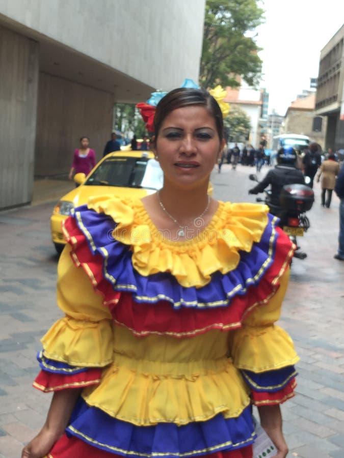 Nationell klänning i Colombia royaltyfri fotografi