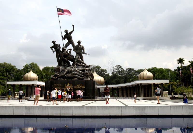 Nationell monument eller ?Tugu Negara ?i Kuala Lumpur, Malaysia royaltyfri foto