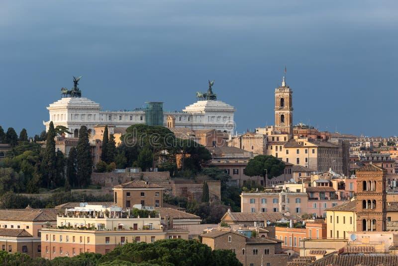 Nationell monument till den Victor Emmanuel II Altare dellaen Patria, Rome, Italien royaltyfri foto