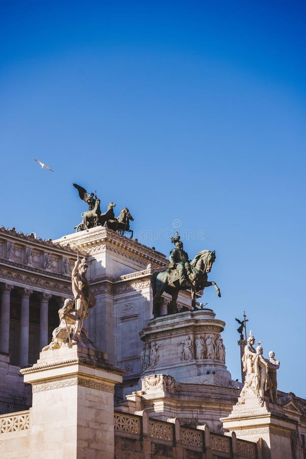 Nationell monument till Victor Emmanuel II på den Altare dellaen Patria arkivbilder