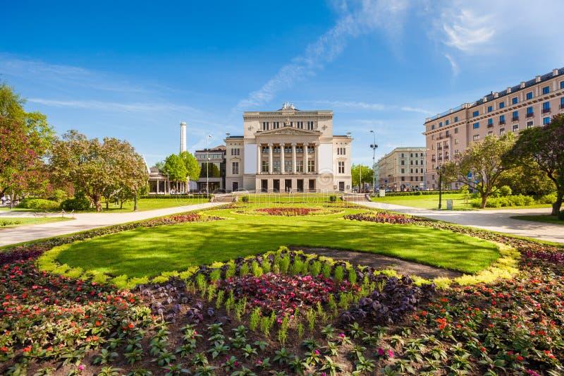 Nationell operahus, Riga, Lettland royaltyfri foto