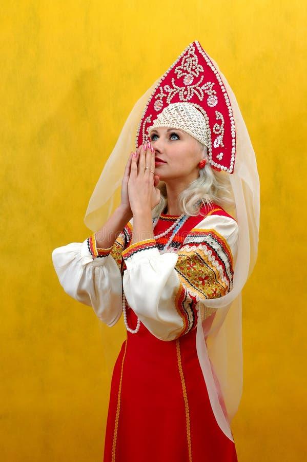nationell russia för flicka dräkt royaltyfria foton