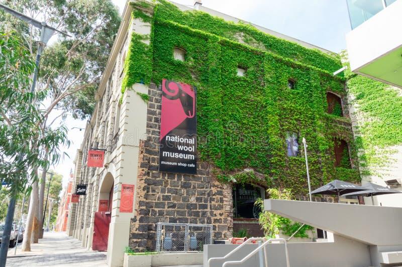 Nationell ullmuseumbyggnad i Geelong, i Australien royaltyfria bilder