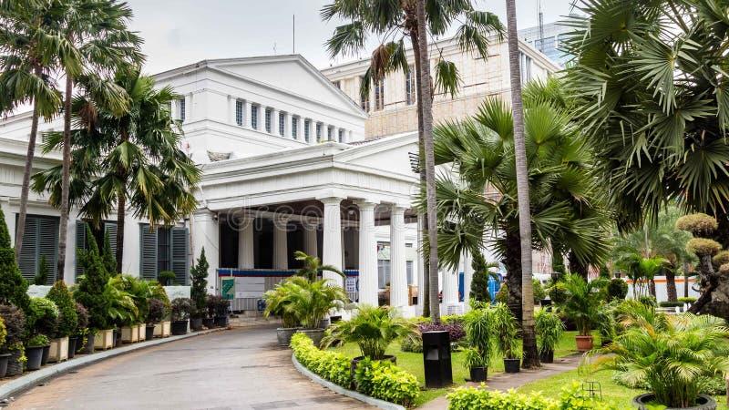 Nationellt museum på den Merdeka fyrkanten i den Jakarta staden, Java, Indone royaltyfri fotografi