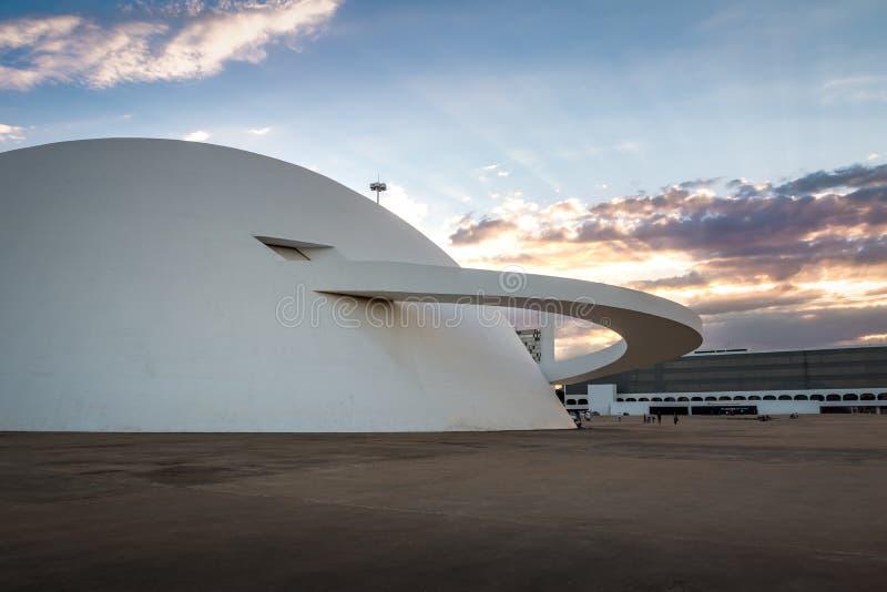 Nationellt museum på solnedgången - Brasilia, Brasilien royaltyfri bild