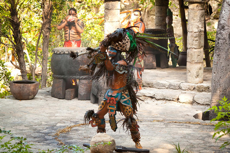 Download Native American Mayan Dance Editorial Stock Photo - Image: 21809063