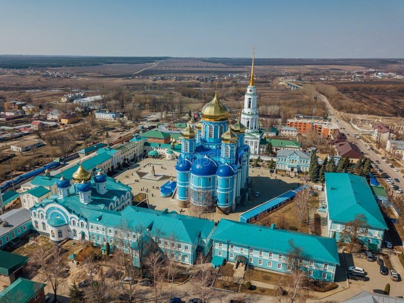 Nativity της κυρίας μας Monastery και καθεδρικός ναός εικονιδίου του Βλαντιμίρ της μητέρας του Θεού σε Zadonsk στοκ εικόνες με δικαίωμα ελεύθερης χρήσης