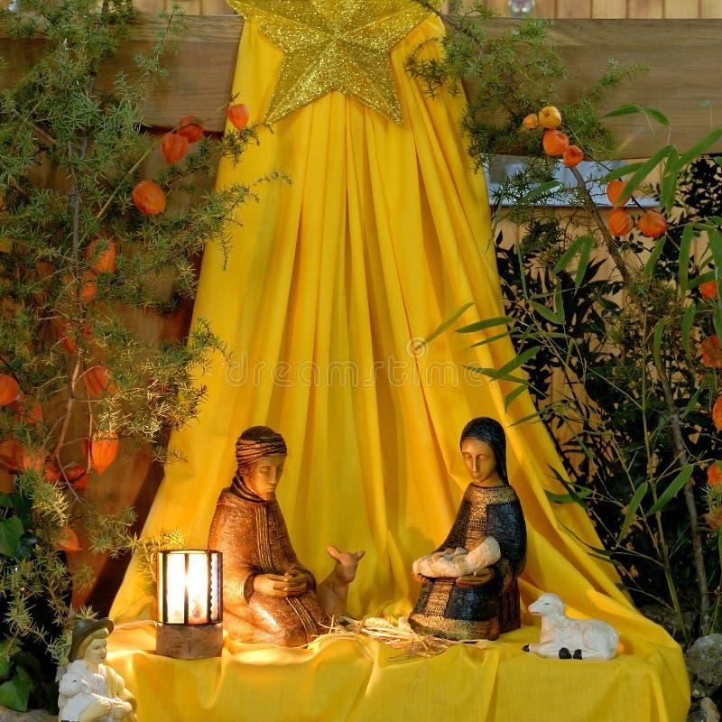 nativity fem arkivfoton