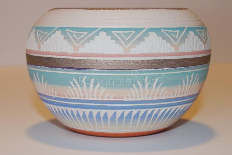 Nativo americano Clay Bowl immagini stock libere da diritti
