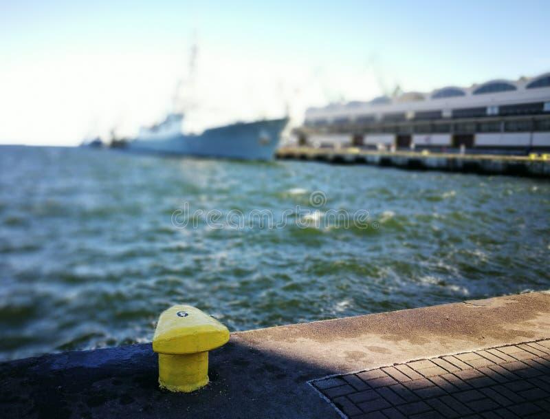 NATO-Kriegsschiffe Künstlerischer Blick in den kräftigen Farben lizenzfreie stockbilder
