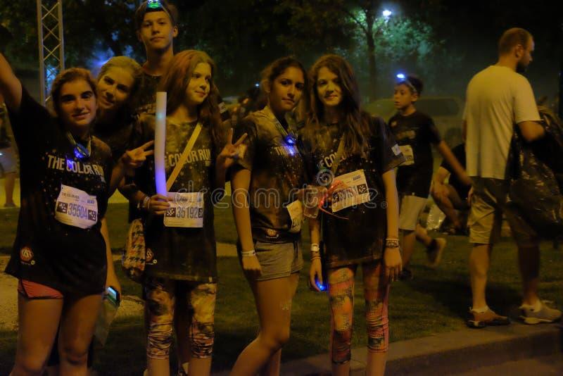Natt för Bucharest färgkörning royaltyfria foton