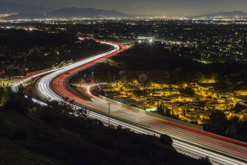 Natt för Los Angeles motorvägrutt 118 royaltyfri foto