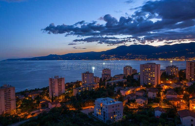 Natt i Rijeka royaltyfria bilder