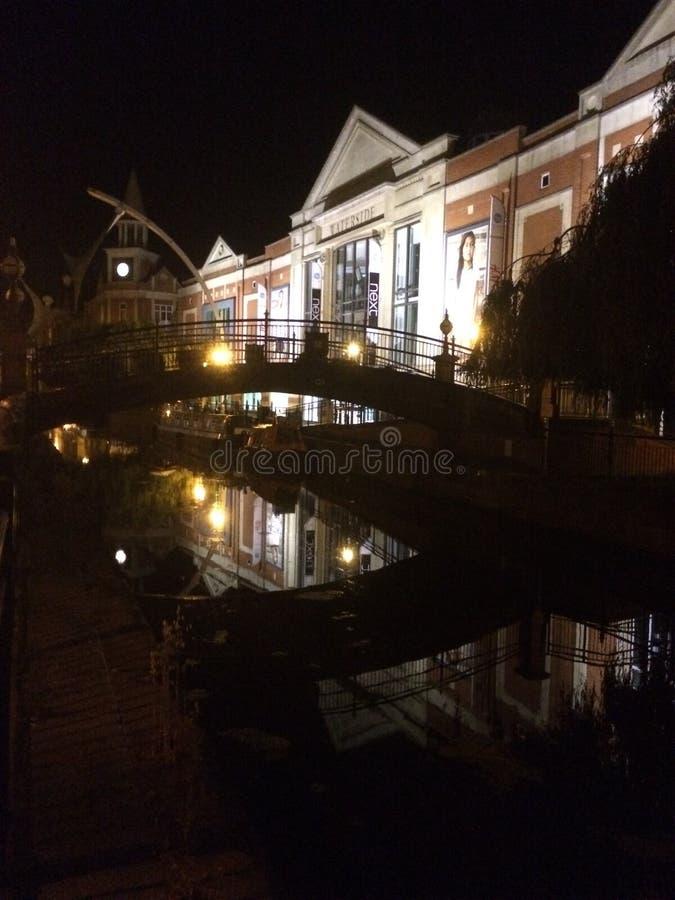 Natt i town royaltyfria foton